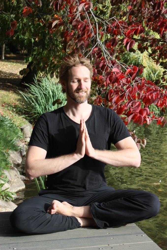 Bild zu Meditations- und Achtsamkeitskurs bei Yoga-Moment Kiel